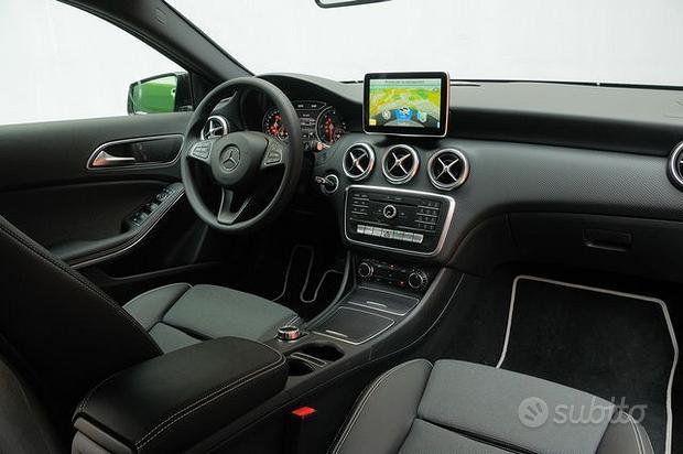 Sedili e tappezzeria completa Mercedes Classe A180