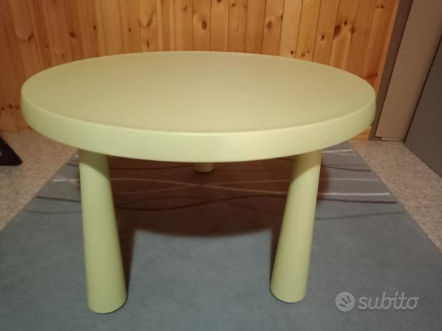 Tavolino e 5 sedie usate ikea