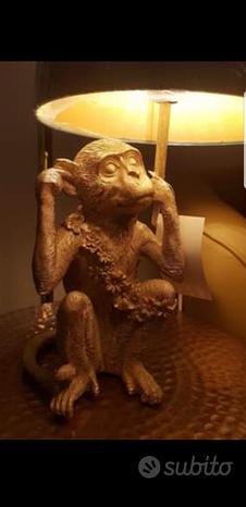 Lampada a scimmietta