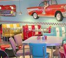 Sedie e tavoli american graffiti