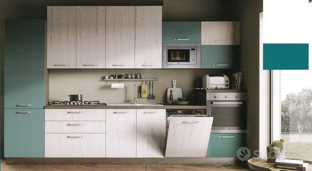 Cucina 360 con 5 elettrodomestici
