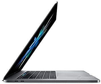 MacBook Pro 2017 16gb 512gb SSD 15.4