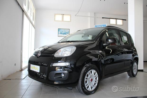 Fiat Panda 1.2 Lounge 70 cv con 5° Posto - 2020
