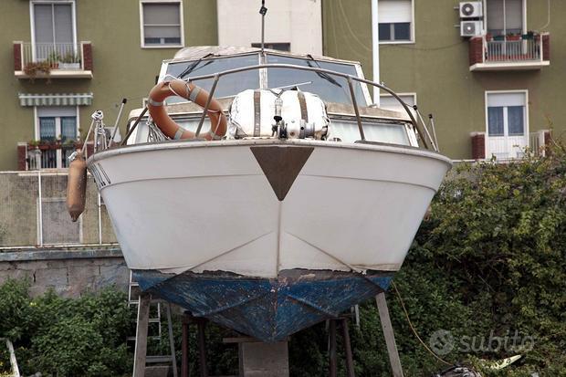 Barca Catalina Chris Craft 28 piedi