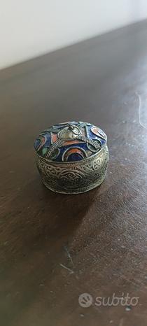 Scatolina in argento smaltata artigianato