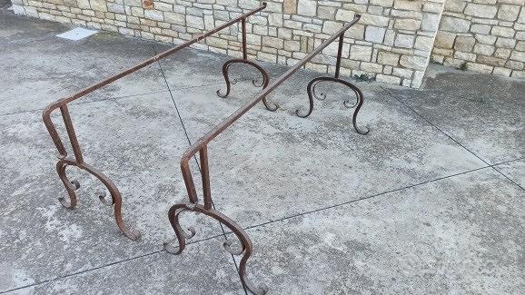 Coppiadi trispiti cavalletti antichi ferro battuto