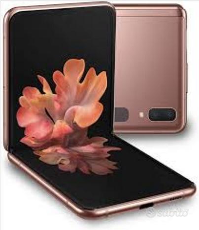 Samsung Galaxy z flip 5g 256gb più galaxy watch 3