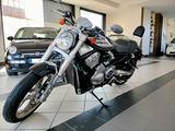 Harley-Davidson V-Rod - VRSCR Street rod