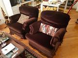 Salotto: divano, 2 poltrone, tavolo e sedie