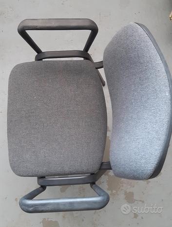 Nr. 2 sedie-poltroncine grigie da ufficio