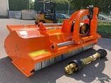 TRINCIASARMENTI 190cm / 650kg trincia per trattore