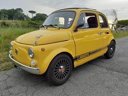 Fiat 500 giallo Ferrari