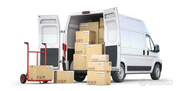 Noleggio furgone per trasporto merci e traslochi