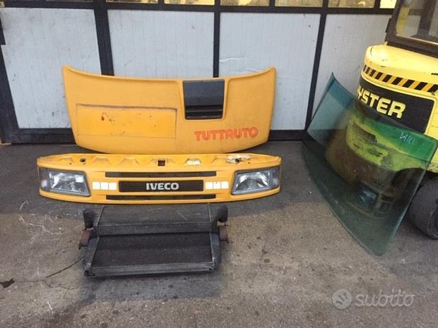 Ricambi Iveco Daily 59 E12 1999 giallo 2800cc TD