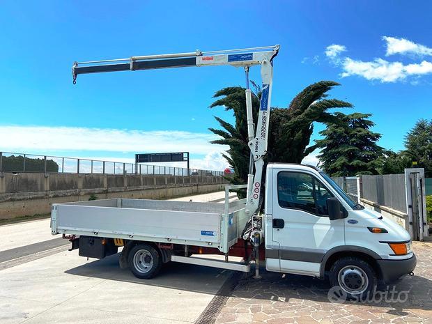 Autoc/ Camion/ Gru/ Cass IVECO DAILY 50C13