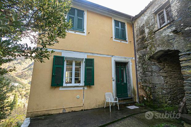 Appartamento a Lorsica, via Segalia 40, 4 locali