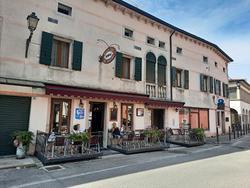 Bar osteria a Follina (TV), cento storico