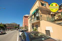 Studio a Genova, corso Europa 1090, 5 locali