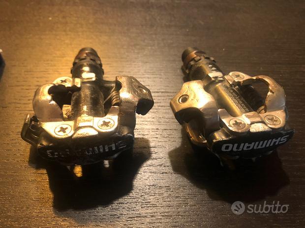 Pedali Shimano con tacchete