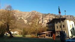 HOTEL SU 4 LIVELLI A FRISANCO 1.823mq