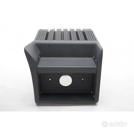 Copri batteria completo di kit motaggio scania cr