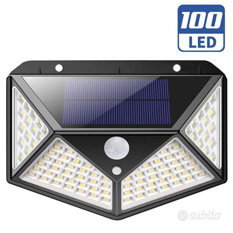 Lampada Faro LED Solare Faretto Sensore Movimento