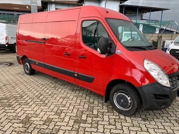 Renault master 130.35 dxi l3h2 E6 77.000 km