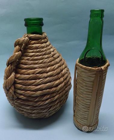 Piccola damigiana bottiglia impagliatura vetro 60s