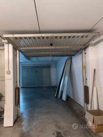 2 porte basculanti per garage