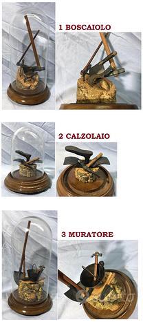 Teca vetro attrezzi boscaiolo calzolaio muratore