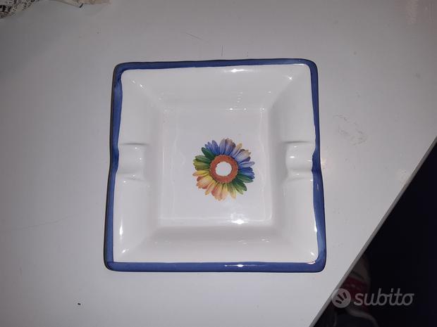 Posacenere in ceramica Boan