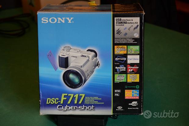 Fotocamera Digitale SONY DSC-F717 con Accessori