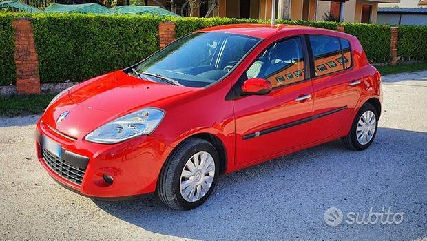 Renault Clio 1.5dci - 2010 -PERFETTA- NEOPATENTATI