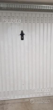 Garage vicolo bersaglio