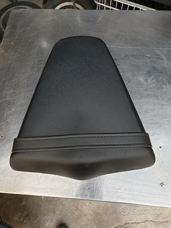 Sellino posteriore Honda CBR