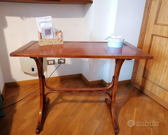 Scrittorio primi '900 legno ricurvo + sedia thonet