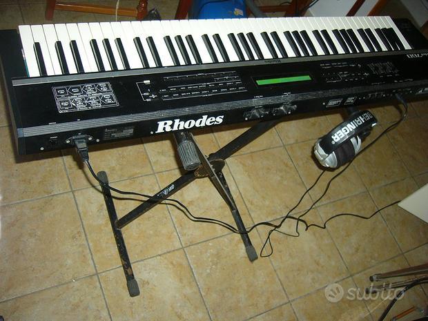 Rhodes model 760 Roland