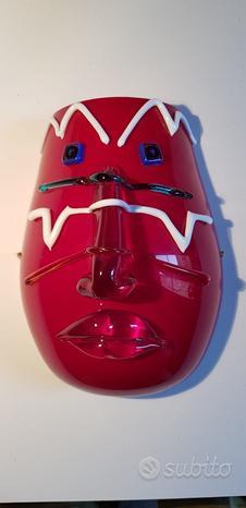 Maschera in vetro