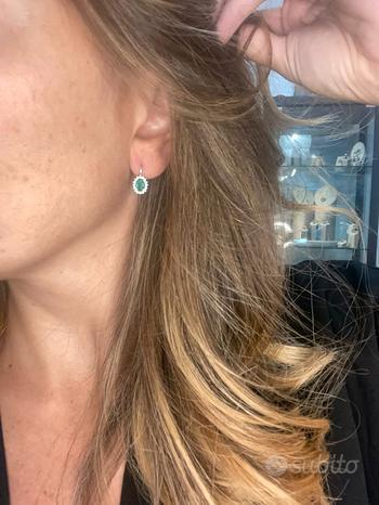 Orecchini in Oro 18kt con Smeraldo 1 ct e Diamanti