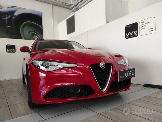Alfa Romeo Giulia (2016) 2.2 Turbodiesel 160 ...