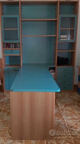 Mobile/libreria + scrivania +comodino + letto