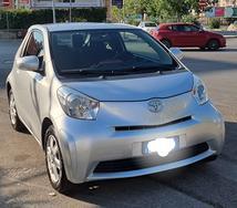 Toyota iq benzina automatica