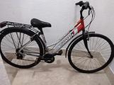 Bici da passeggio in alluminio 28
