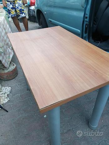 Tavolo /scrivania