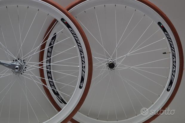 Ruote o cerchi 28 fixed 1v contro pedale avorio Gi