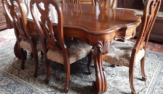 Tavolo stile Barocco con 6 sedie
