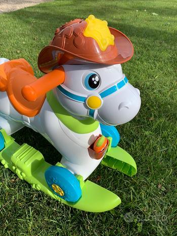 Gioco cavallo dondolo Chicco