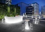 Divani banconi vasi mobili luminosi in polietilene