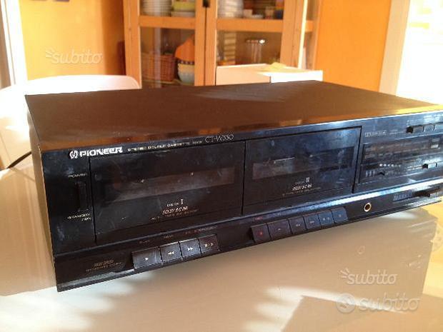 Doppia piastra a cassette Pioneer CT-W330