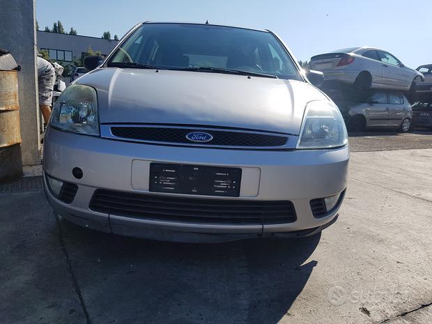 Ford fiesta 2006 - ricambi usati